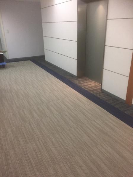 千代田区某オフィスビルエレベーターホール タイルカーペット貼替工事